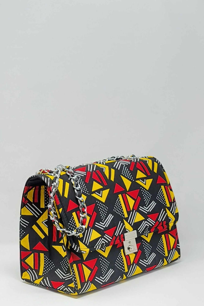 Load image into Gallery viewer, African print bag. African bag. Large bag for women. African print bag. Black and red bag.