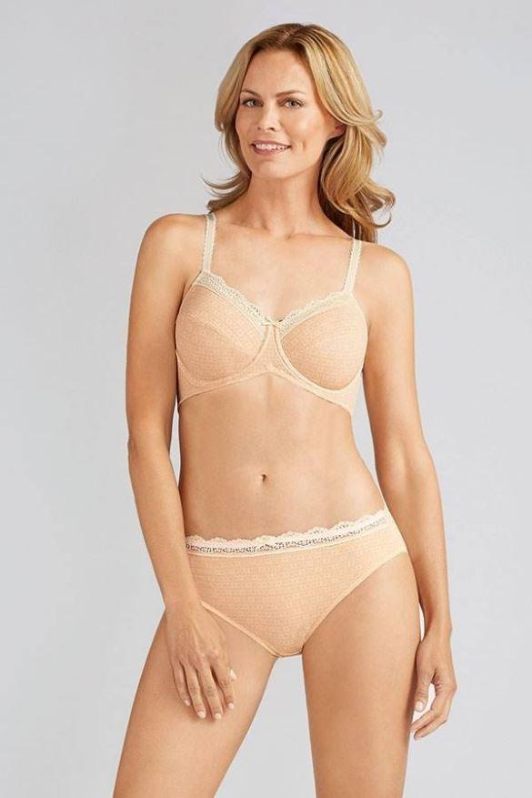 Amoena Apricot / Off-White Tracy Underwired Bra, Size US 38A - racks-op