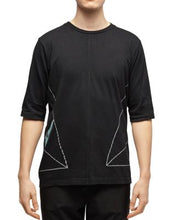 Load image into Gallery viewer, Dyne BLACK Side-Triangle Graphic Tee, US Medium S/S