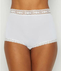 Olga WHITE Secret Hug Scoop Full Brief Panty, US 6/Medium