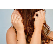 Load image into Gallery viewer, Delicate Gold Star Link Chain Bracelet