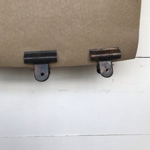 Hanging Note Roll with Four Clips
