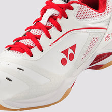Load image into Gallery viewer, 2018 YONEX POWER CUSHION 65Z LADIES BADMINTON SHOES - WHITE/RED