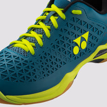 Load image into Gallery viewer, 2019 YONEX POWER CUSHION ECLIPSION X BADMINTON SHOES - Turquoise/Yellow