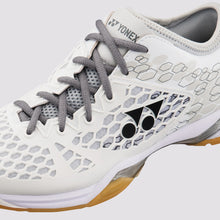 Load image into Gallery viewer, 2018 YONEX POWER CUSHION 03Z MEN BADMINTON SHOES - WHITE