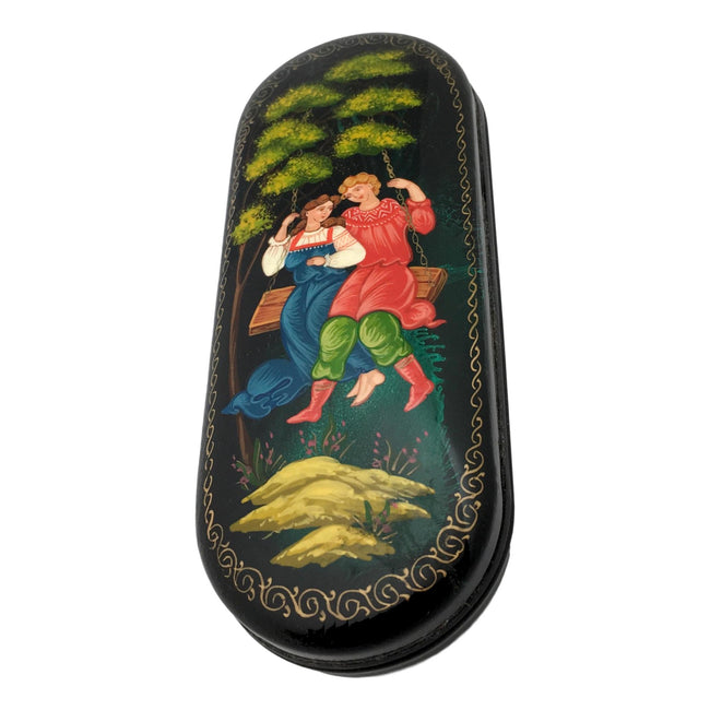 Eyeglass hard shell case Russian couple
