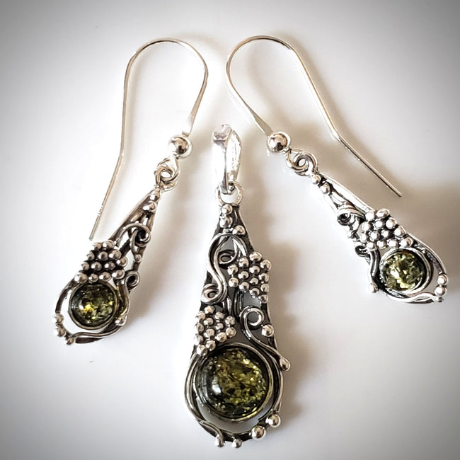 Green Amber in Silver Earrings & Pendant Jewelry Set