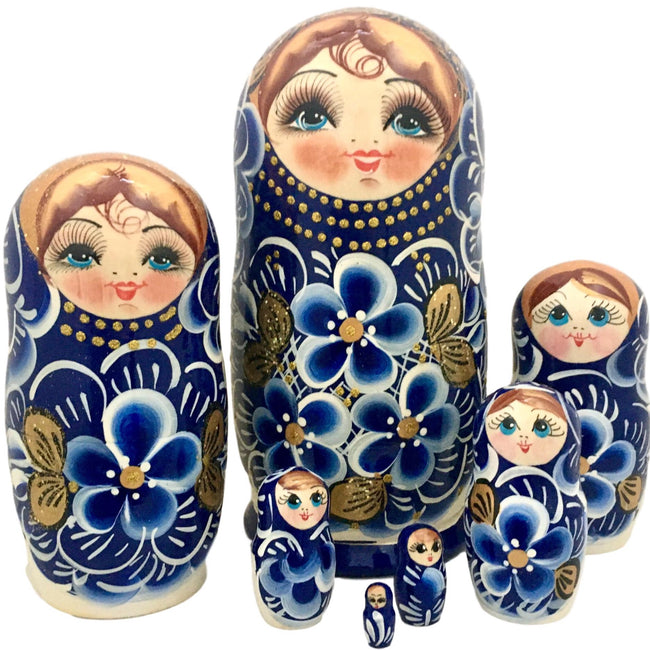 Russian nesting dolls blue