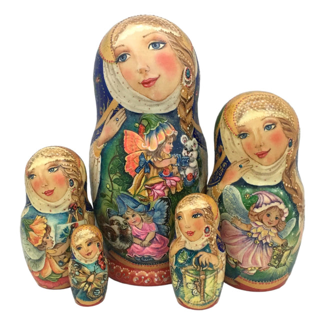 Russian nesting dolls 5 pieces