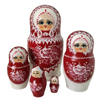 Russian nesting dolls red