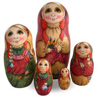 Russian doll with green eyes