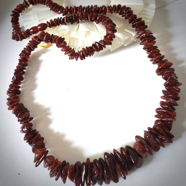 chip & nugget cognac natural amber necklace