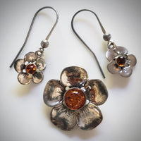 silver flower earrings pendant set