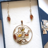 sunburst silver pendant with earrings silver set