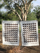 Load image into Gallery viewer, Australian Cotton Tea Towel (hens)
