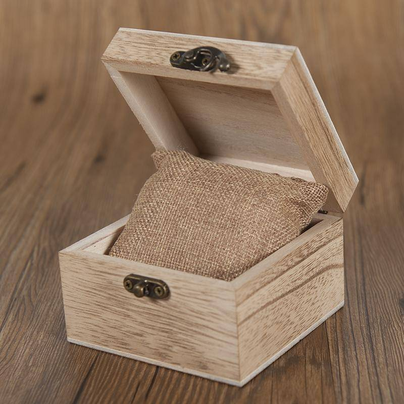 Mens Quartz Wooden Wristwatches Watch in Beautiful Wood Gift Box