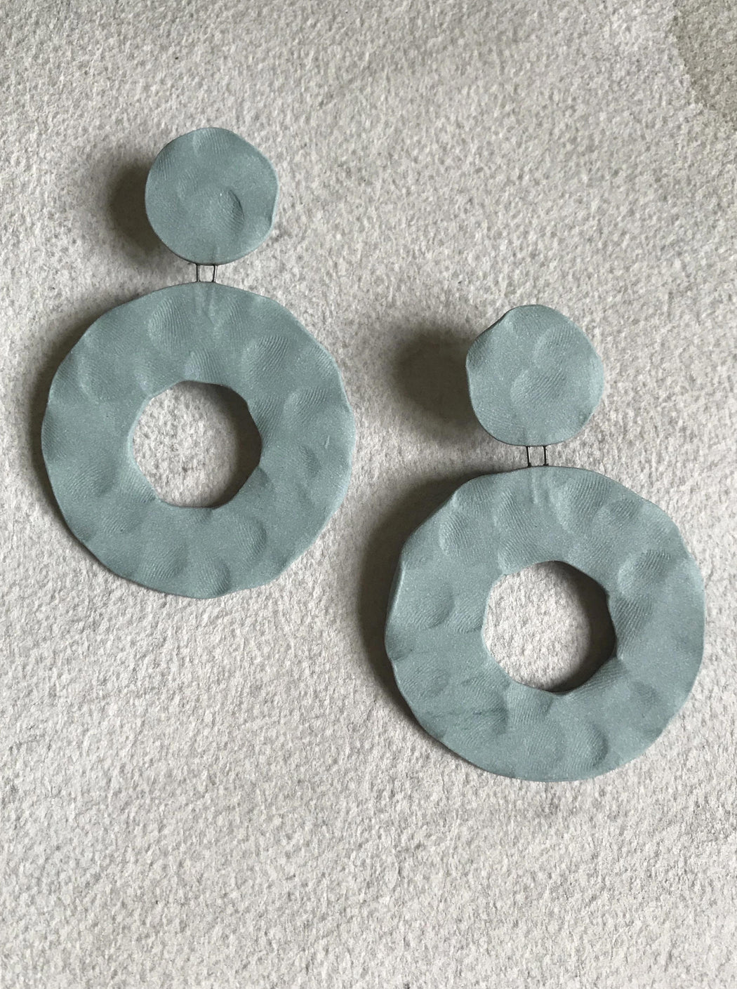 Circle Dot Drop Ceramic Earrings - Pale Green