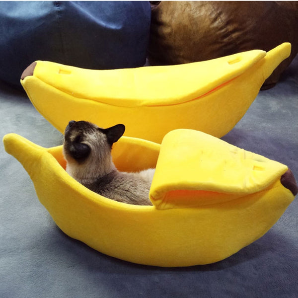 Banana Shape Fluffy Warm Plush Breathable Cat Bed