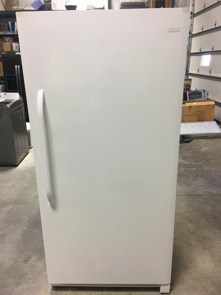 Frigidaire 20.9-cu ft Manual Defrost Upright Freezer(3)
