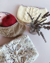 Load image into Gallery viewer, Knitted Bag of Spring (pattern and sewing guide)