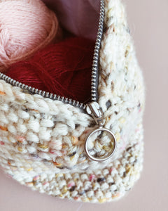 Knitted Bag of Spring (pattern and sewing guide)
