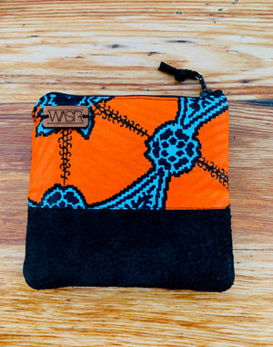 Open image in slideshow, Tchomini Small Purse