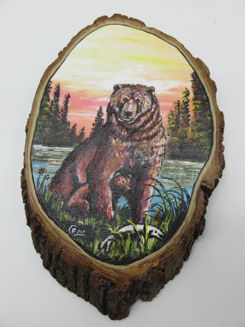 Bear Painting<br><span style='font-size:75%'>On Tree Slice<br>12.99 x 8.26 x 1.18'', 1.49 lbs</span>