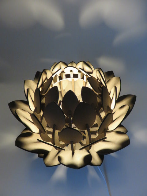 Flower Lamp<br><span style='font-size:75%'>Made from Hardboard<br>12.99 x 11.81 x 11.81'', 2.64 lbs</span>