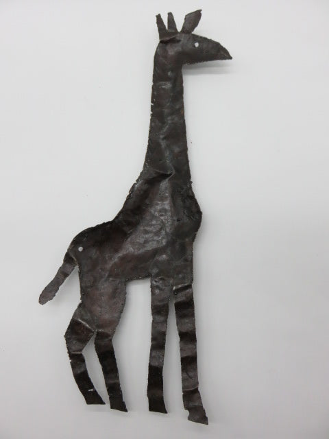 Giraffe<br><span style='font-size:75%'>from recycled metal<br>24.00 x 8.60 x 1.90'', 0.68 lbs</span>
