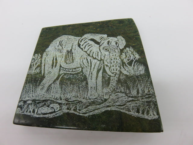 <span style='font-size:1em'>Elephant - Engraved</span><br><span style='font-size:0.7em'>Hand Carved Verdite Stone</span>