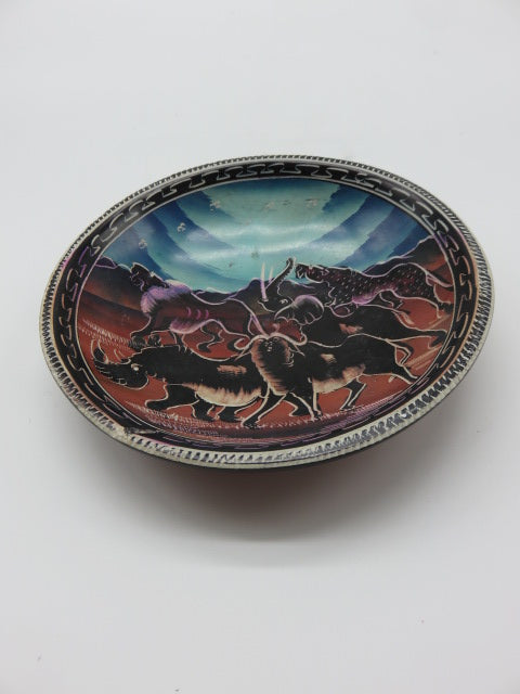 Painted Bowl (medium)<br><span style='font-size:75%'>Hand Carved Soapstone<br>1.18 x 5.9'', 0.70 lbs</span>