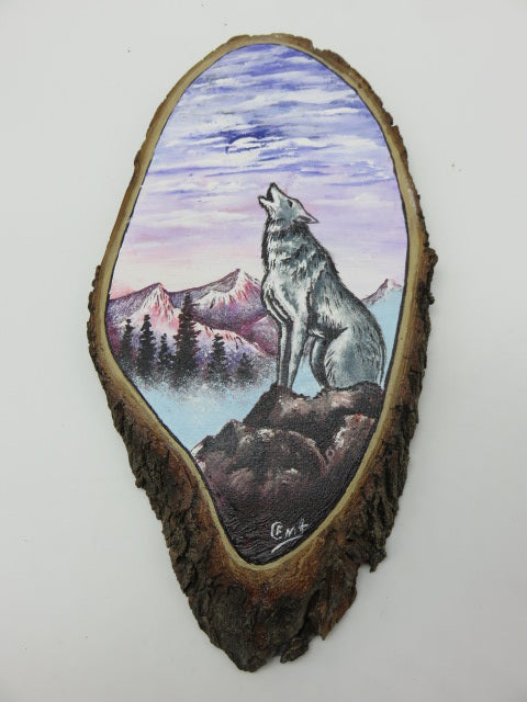 Wolf Painting<br><span style='font-size:75%'>On Tree Slice<br>14.17 x 7.48 x 1.18'', 1.12 lbs</span>