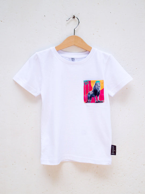 Kids White T with Stand Tall Simba Pocket