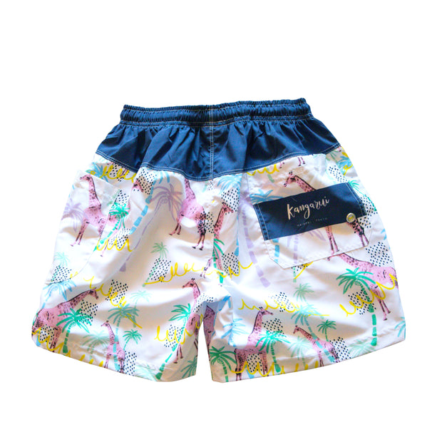 Unisex shorts with Summertime Giraffe print