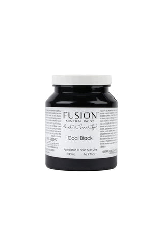 A pint (500 ml) container of Coal Black Fusion Mineral Paint.