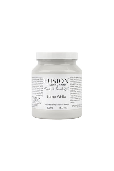 A pint (500 ml) container of Lamp White Fusion Mineral Paint.
