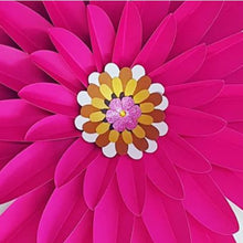 Load image into Gallery viewer, Paper flower Daisy