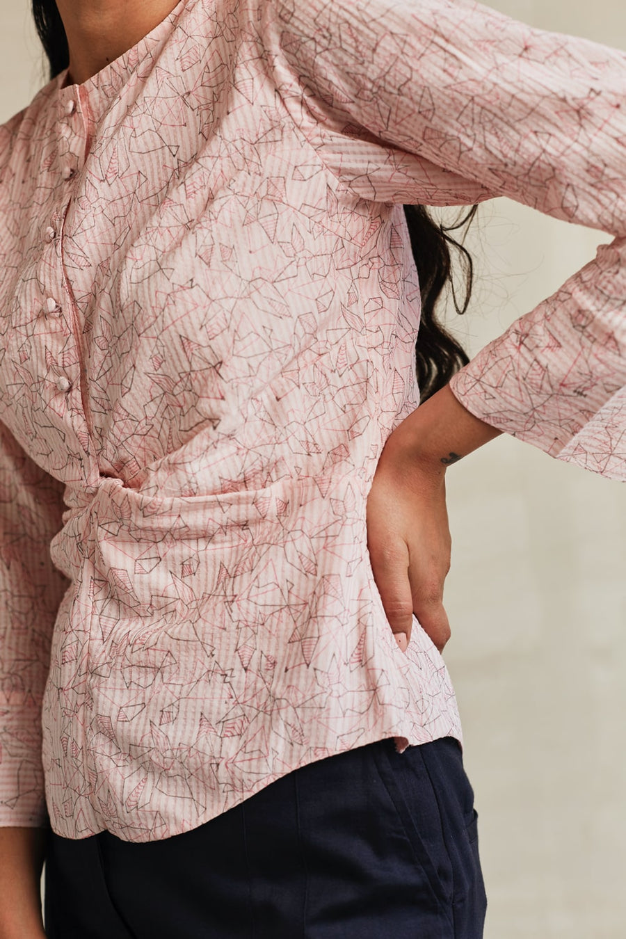 Rosé Dreams Twist Shirt - Ethical made fashion - onlyethikal