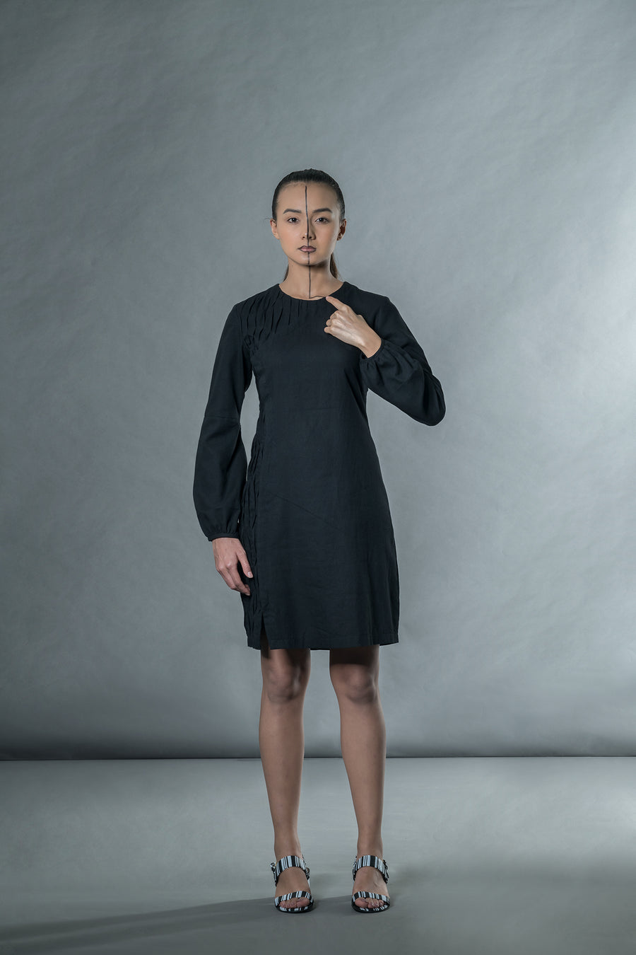 Black dress with wave pleats - Ethical made fashion - onlyethikal
