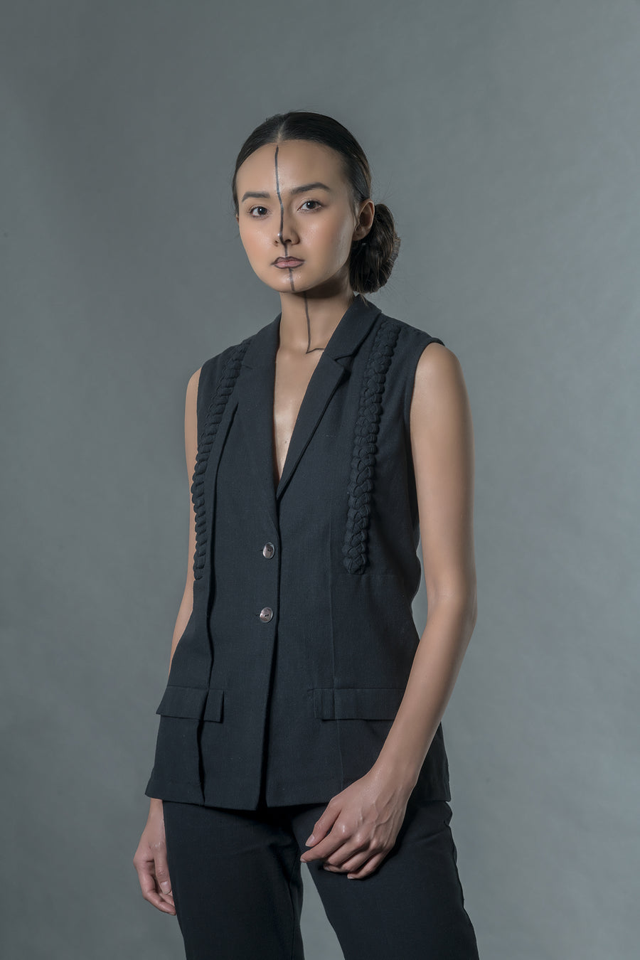 Black vest with braids - Ethical made fashion - onlyethikal