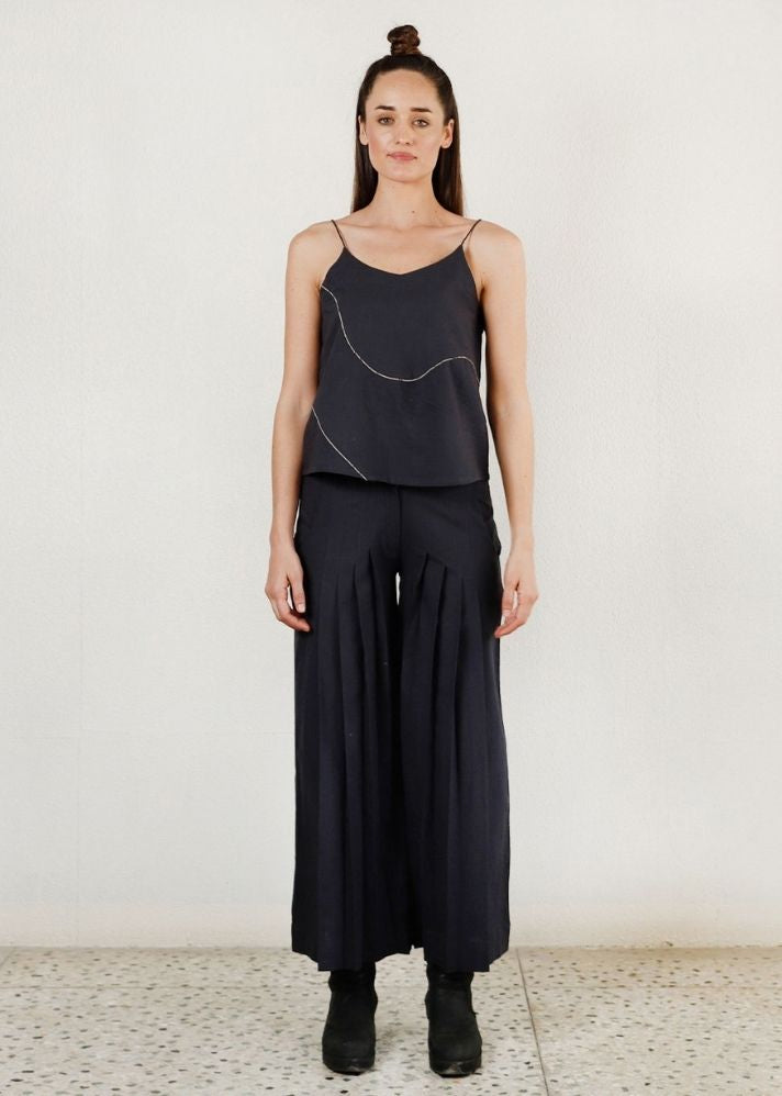 Shadow grey pleated pants - onlyethikal