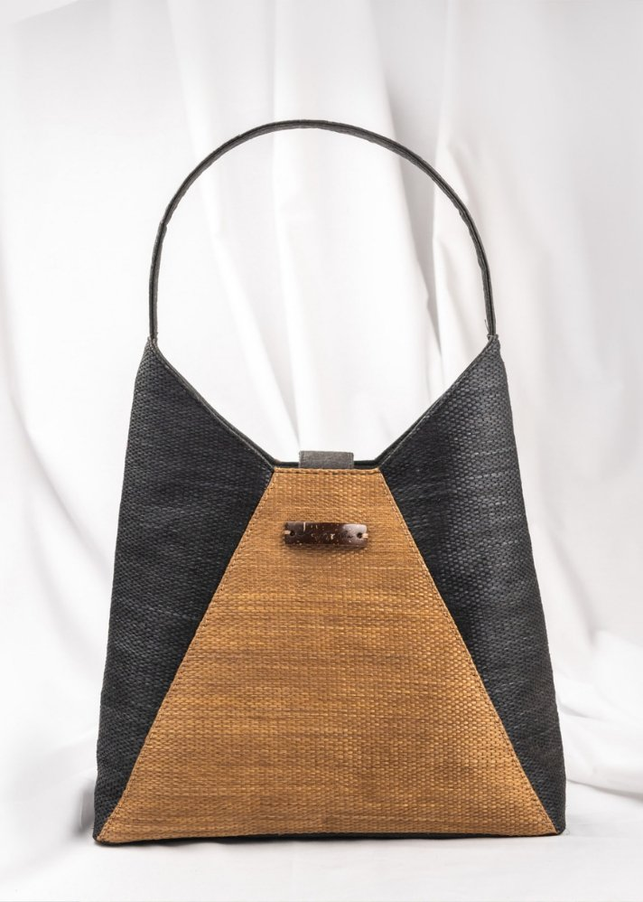 Sarva Hobo - Ethical made fashion - onlyethikal
