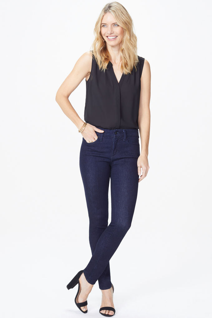NYDJ AMI SKINNY LEGGING IN DARK DENIM RINSE