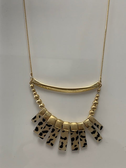 CARMELLO NECKLACE
