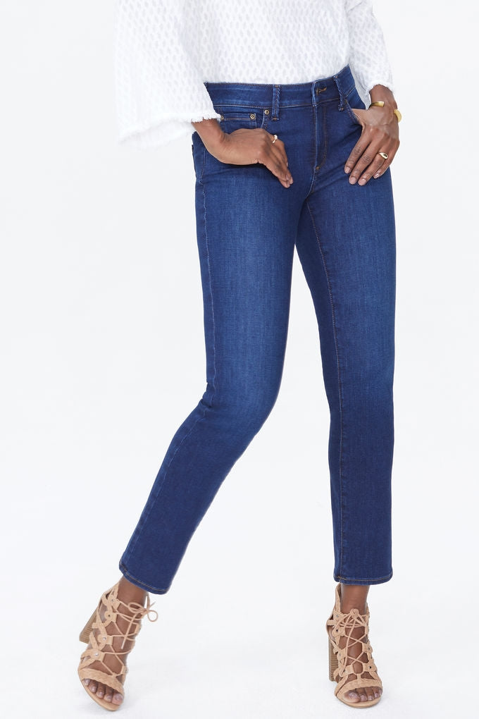 NYDJ SHERI SLIM STRAIGHT IN MID DENIM COOPER