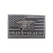 Load image into Gallery viewer, Embroidered Patch US Navy Seals USA Flag Morale Patch Tactical Emblem Applique Badges Embroidery Patches For Jackets Backpack