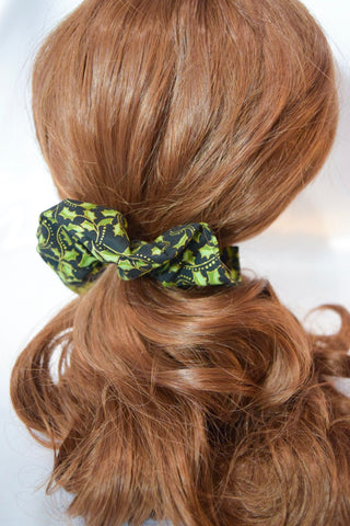 Christmas Holly Scrunchie Black Extra Wide