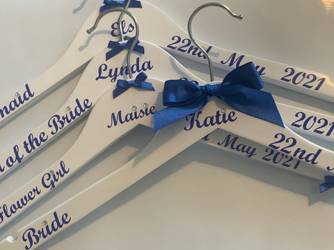 Personalised Wedding Hangers x4, Bridal Party Hangers, Photo Prop Hangers, Bridesmaids Hangers, set of 4