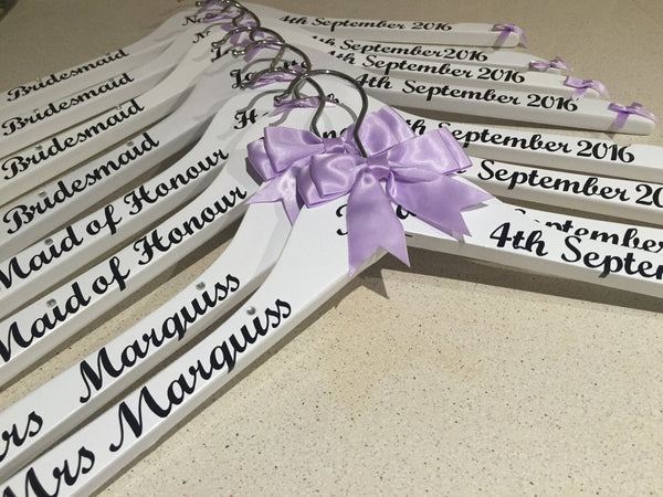 Wedding Hangers Personalised, Set of 7 Bridal Hangers, Wedding Dress Hanger.