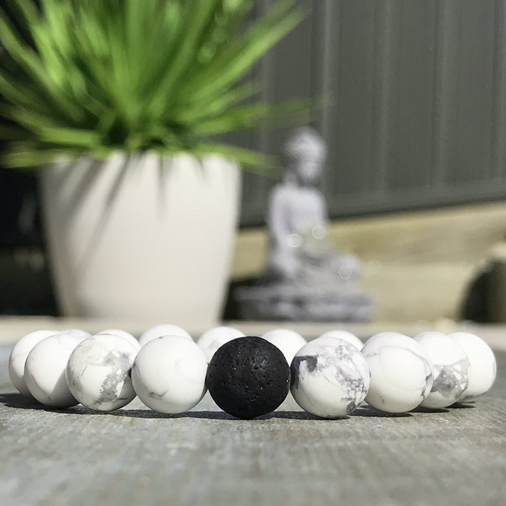 White Howlite Lava Bracelet ~ Essential Oil Diffuser Bracelet ~ Matte White Howlite & Black Lava Stone Beads ~ Stackable Oil Diffuser